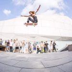 קרוקס גרינד על 19 מדרגות בסאן פרנסיסקו הצטלם למגזין בין לאומי