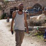 אוהד אוסטרו- בשבילה גיבורים עפים