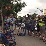 צילום משותף של עיתונאים בהפגנת הנכים בחיפה